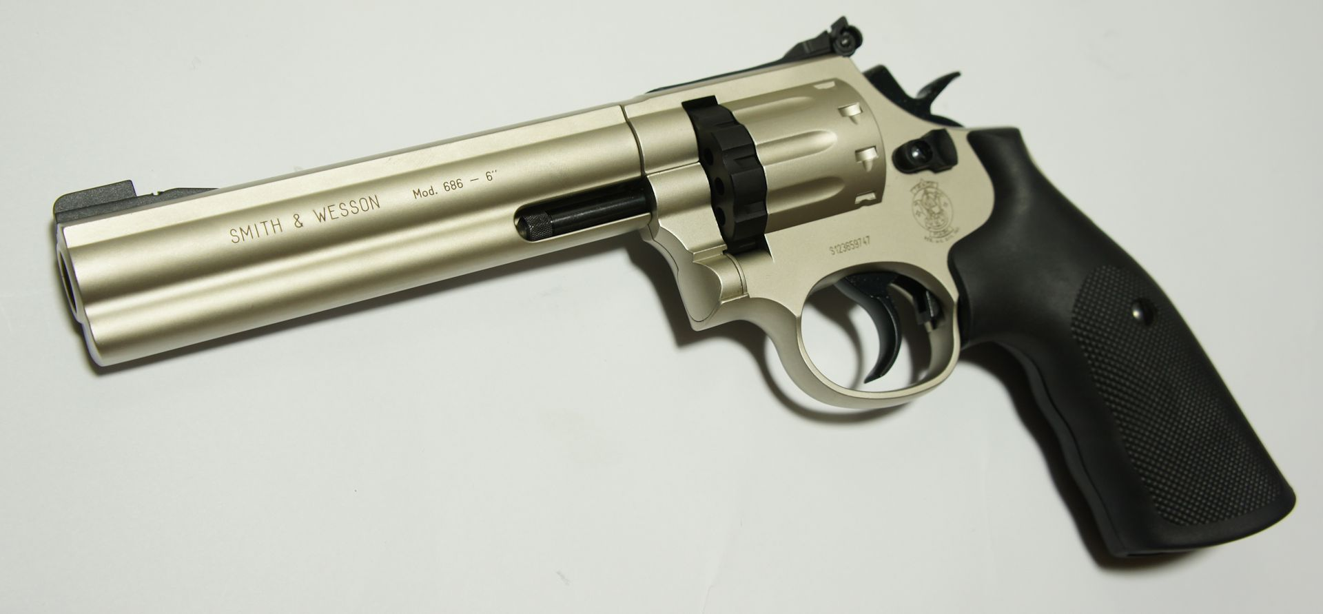 CO2 Revolver S&W 686 Nickel