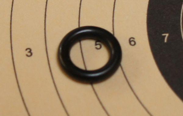 Mit <a href=99E-O-Ring-22.htm> so einer Laufdichtung </a>als Ersatzteil könnte ich Ihnen bei Bedarf auch helfen. Preis 0,99 €