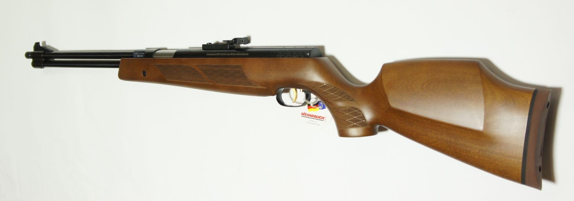 Der höhere Schaft an diesem Luftgewehr ist für das Schießen mit Optiken optimiert.