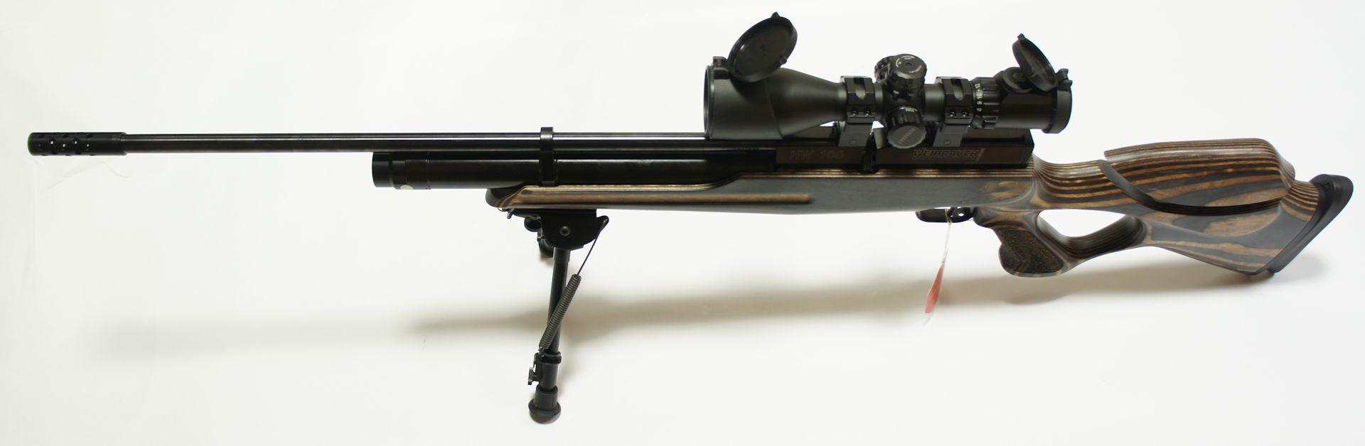 Das Zielfernrohr UTG 3-12x44 ergänzt dises Luftgewehr hervorragend.