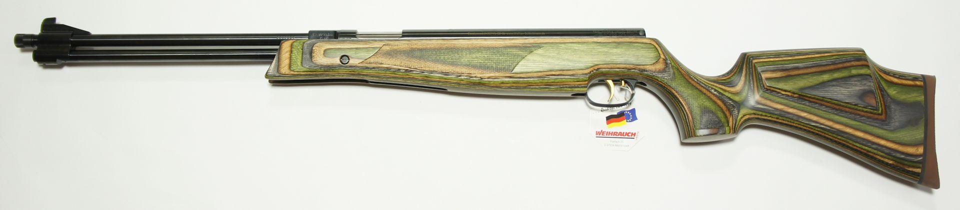 Weihrauch HW 77 K mit grünem Schichtholzschaft, Laufgewinde und offener Visierung