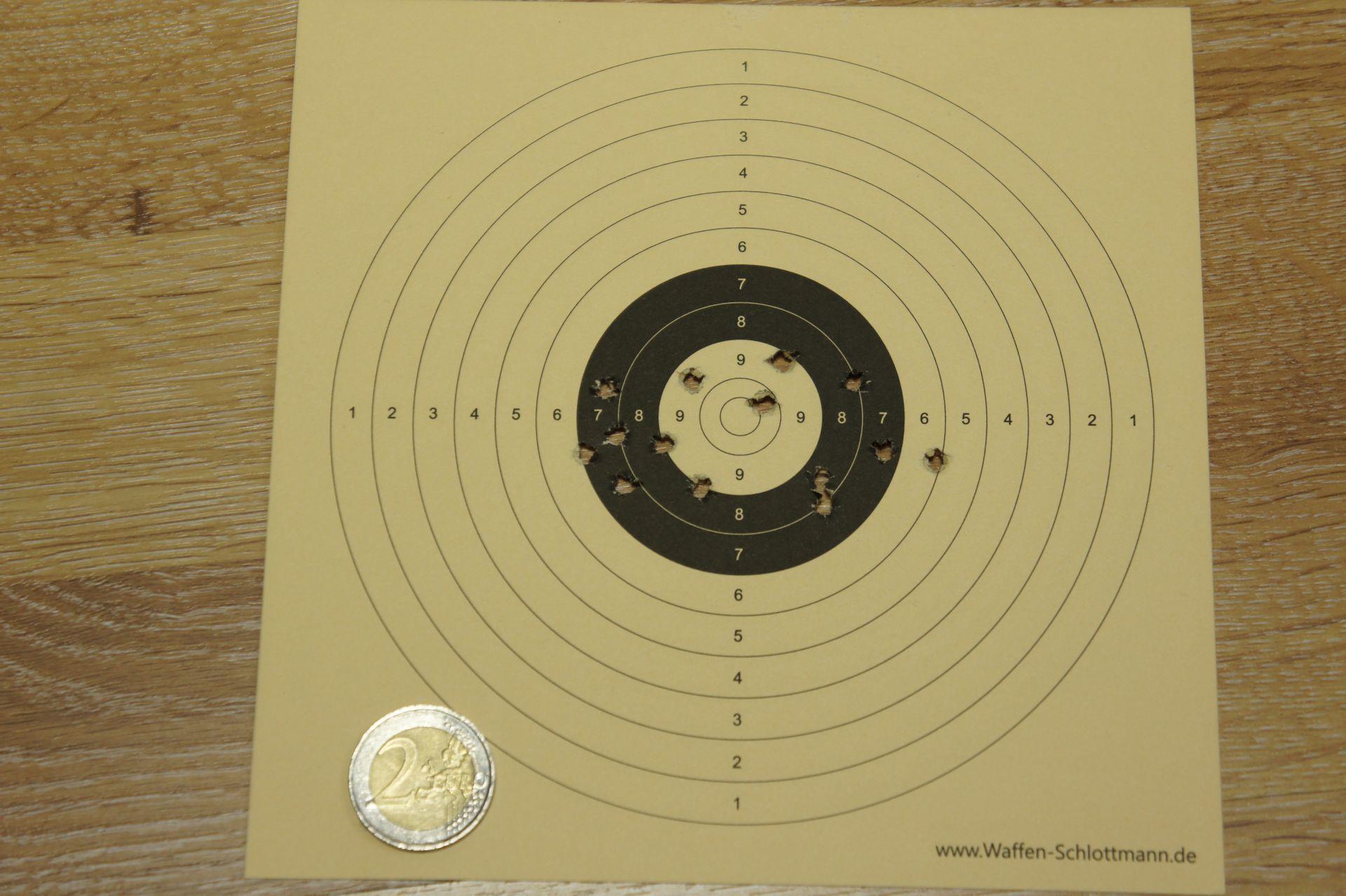Treffenbild mit HW 100 T FAC 4,5mm auf 50m mit Geschossen H&N Baracuda Match