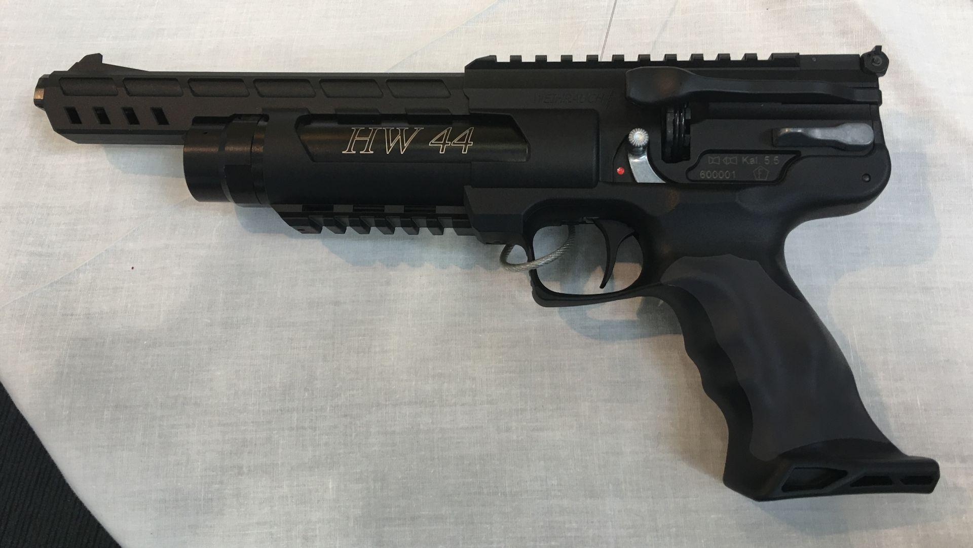 Luftpistole HW 44 im Kaliber 4,5mm / F/ Linksausführung