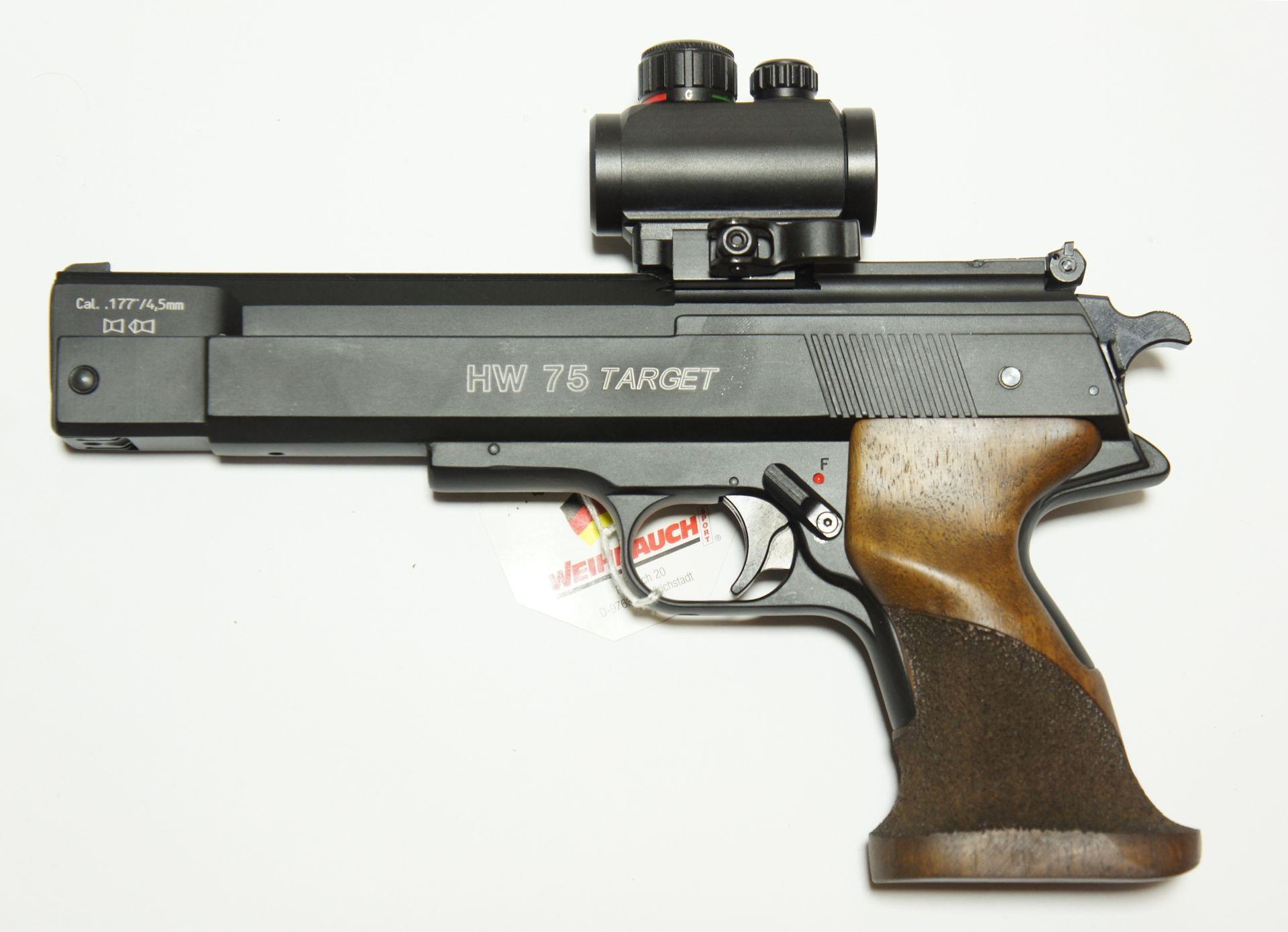 Sie können auch gerne solche Pistolen gleich mit montierter und eingeschossener Optik bekommen (also einsatzbereit). Dazu mache ich gerade ein <a href=25-Jahre-A1.htm>Jubiläumsangebot</a>