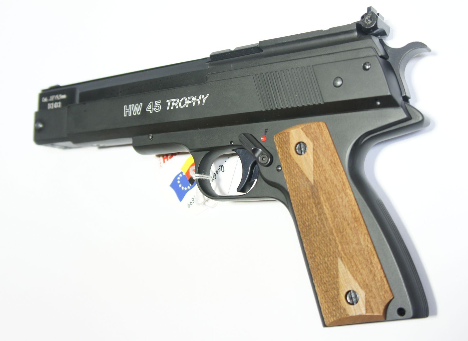 Nur hier wird Ihnen die HW 45 Trophy im Kaliber 4,5mm angeboten.