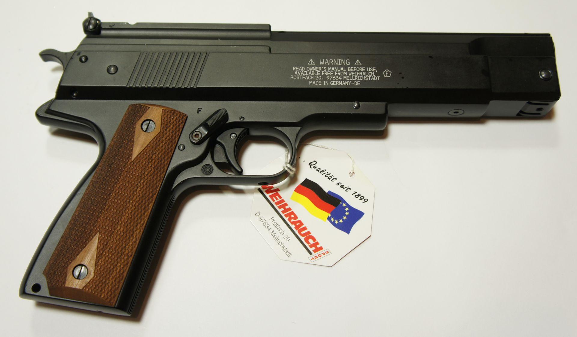 Dieses passende Futteral kann ich Ihnen für die Luftpistole hier als Zubehör anbieten.