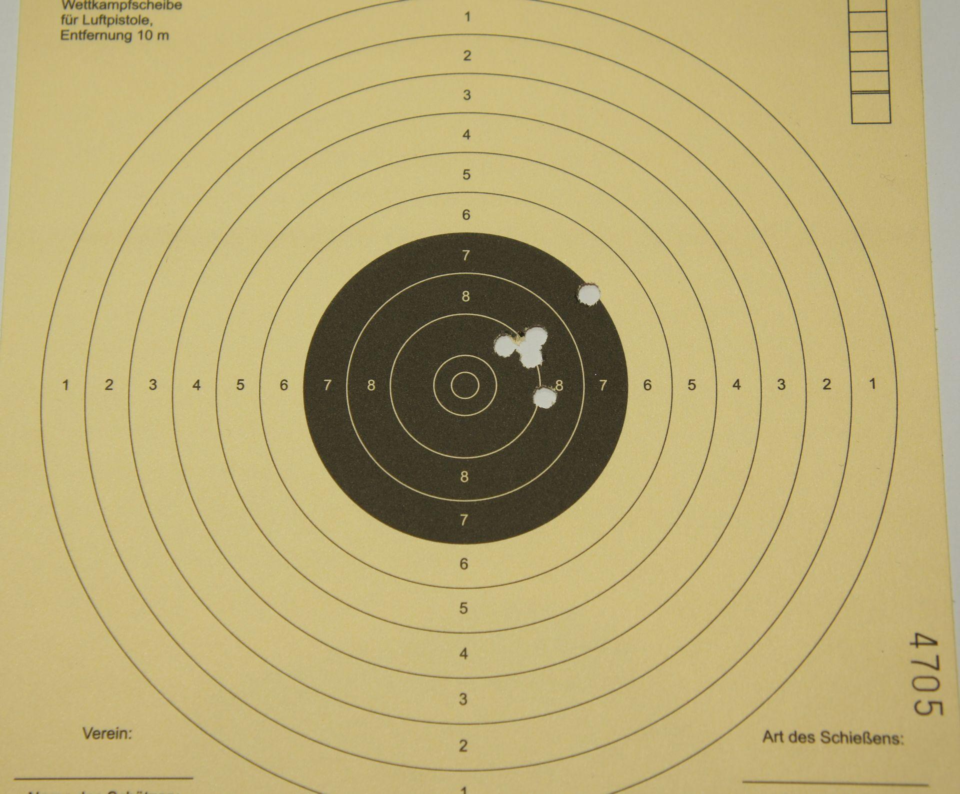 Trefferbild 6 Schuss auf 10m mit den Geschossen Geco