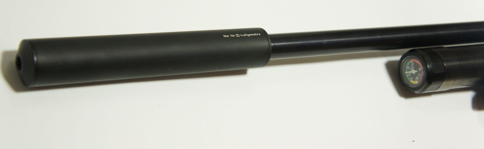 Montagebeispiel HW 100 F.S.B. mit einem zusätzlichen Schalldämpfer. So  <a href=11168816.htm> einen passenden Schalldämpfer </a>  kann ich Ihnen gerne anbieten.