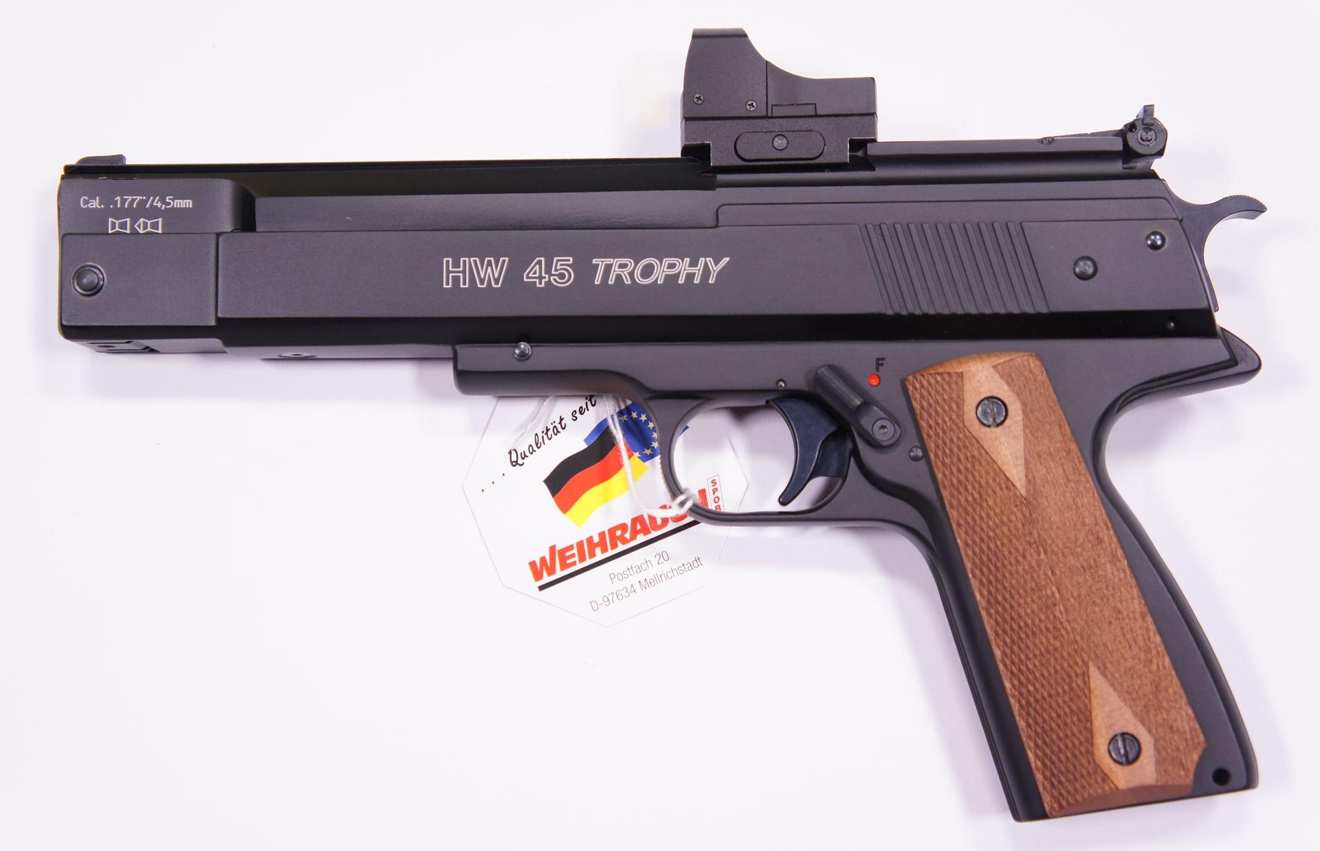 Sie könnten dann auch gerne  so eine Waffe mit eingeschossener Optik bekommen. Das Bildbeispiel zeigt hier die HW 45 Trophy. Also sehen Sie hier ein montiertes <a href=1130222-45.htm>Reflexvisier</a>, aber eine ähnliche Waffe mit anderem Griff.