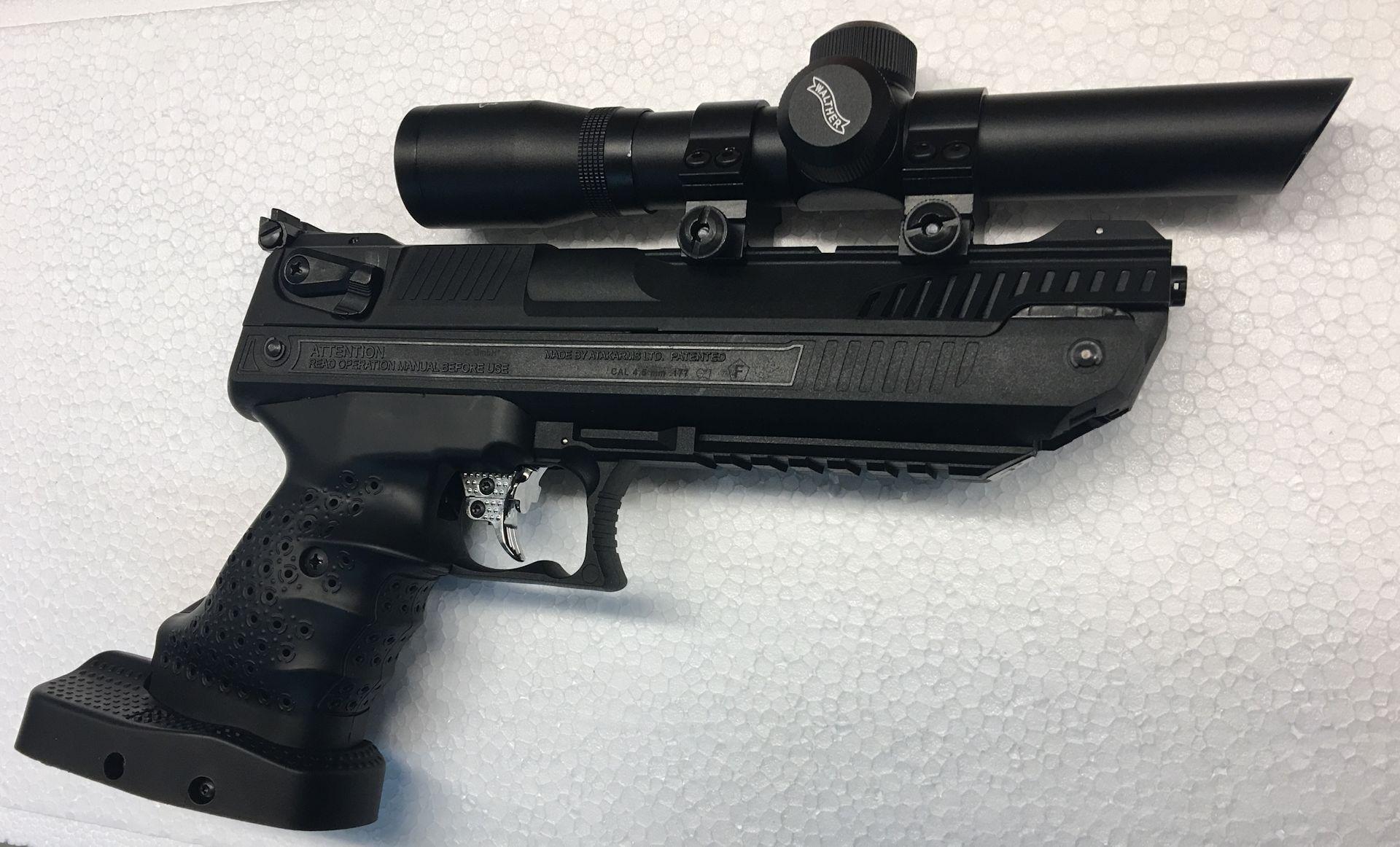 <a href=1130103.htm>Pistolenzielfernrohr</a>. Allerdings muss man in dieser Kobination eine geschickte Variante finden, die Pistole zu spannen ohne dabei auf die Optik zu drücken.