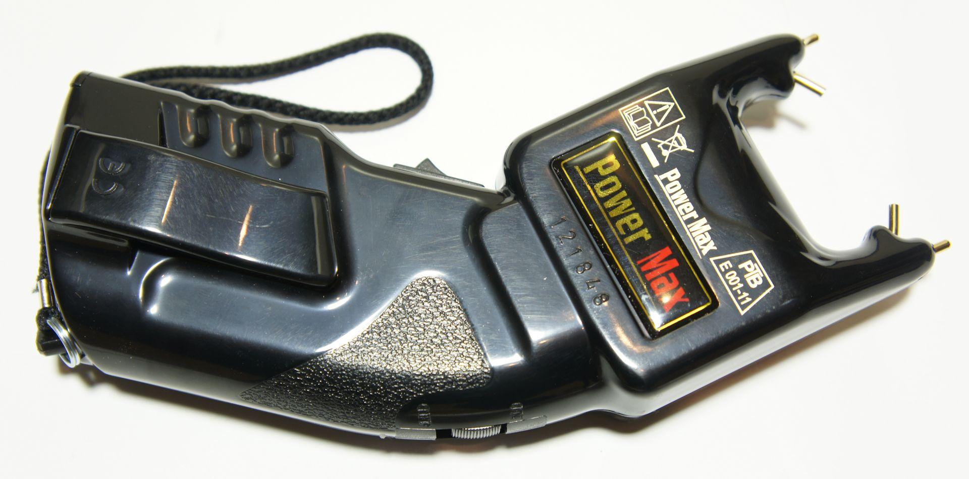 Das Gerät trägt die vorgeschriebenen Prüfzeichen und ist in Deutschland zugelassen.
