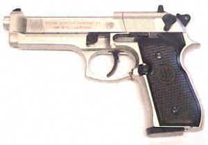CO2- Pistole Beretta 92FS in vernickelter Ausführung
