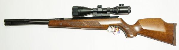 Montagebeispiel am Luftgewehr HW 97k mit Optik 4-12x50 von Walther