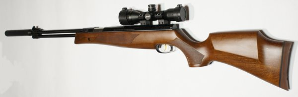 Luftgewehr Weihrauch HW 77 K mit Laufgewinde, Schalldämpfer und dem montierten <a href=1130130.htm>Walther Zielfernrohr 4x32 MDC MilDot</a>