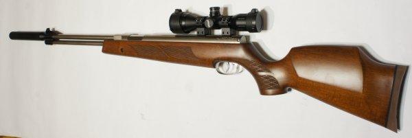 Montagebeispiel: vernickeltes Luftgewehr HW 77 im 97er Holzschaft mit Zielfernrohr, Laufgewinde und Schalldämpfer