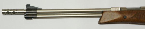 Edelstahl Kompensator als Montagebeispiel  am vernickelten Anwendungsbeispiel am <a href=11604-45-97ni.htm>Luftgewehr HW 77 mit Laufgewinde</a>. Als Schwingungsdämpfer würde noch einen <a href=99E-O-Ring-11x2.htm>O-Ring</a>empfehlen.