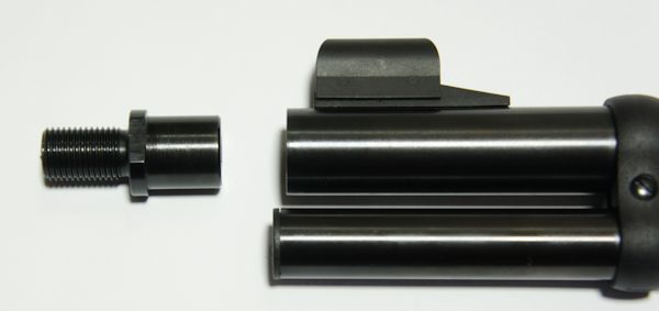 Schalldämpfer- Adapter für CO2 Luftgewehr Walther LeverAction. Vor dem Einbau muss eine Plastikmutter an der Mündung mittels Inbusschlüssel vom Lauf entfernt werden.