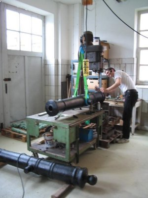Kanonenwerkstatt Bohrmaschiene