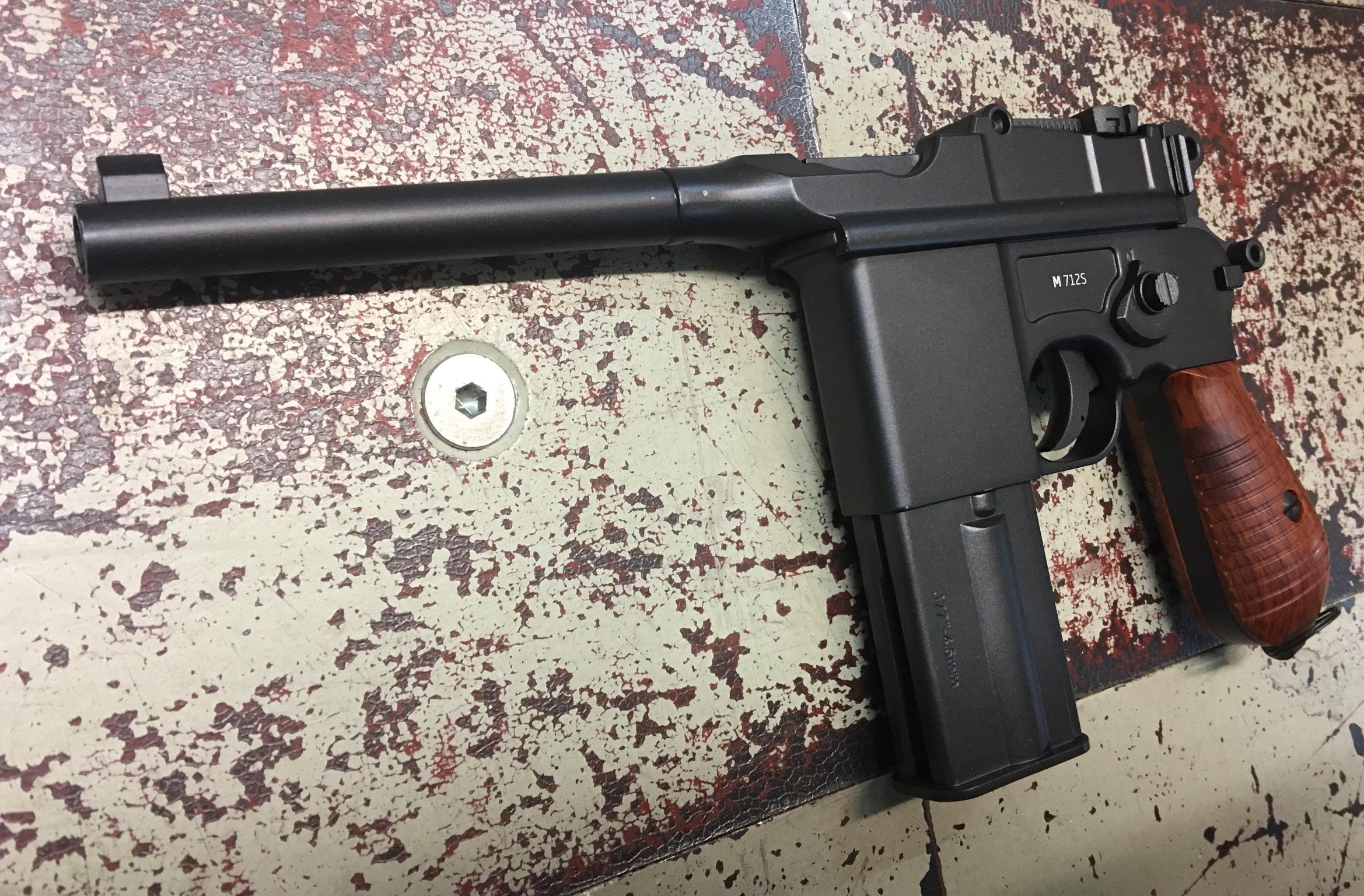 CO2 Pistole Modell 712