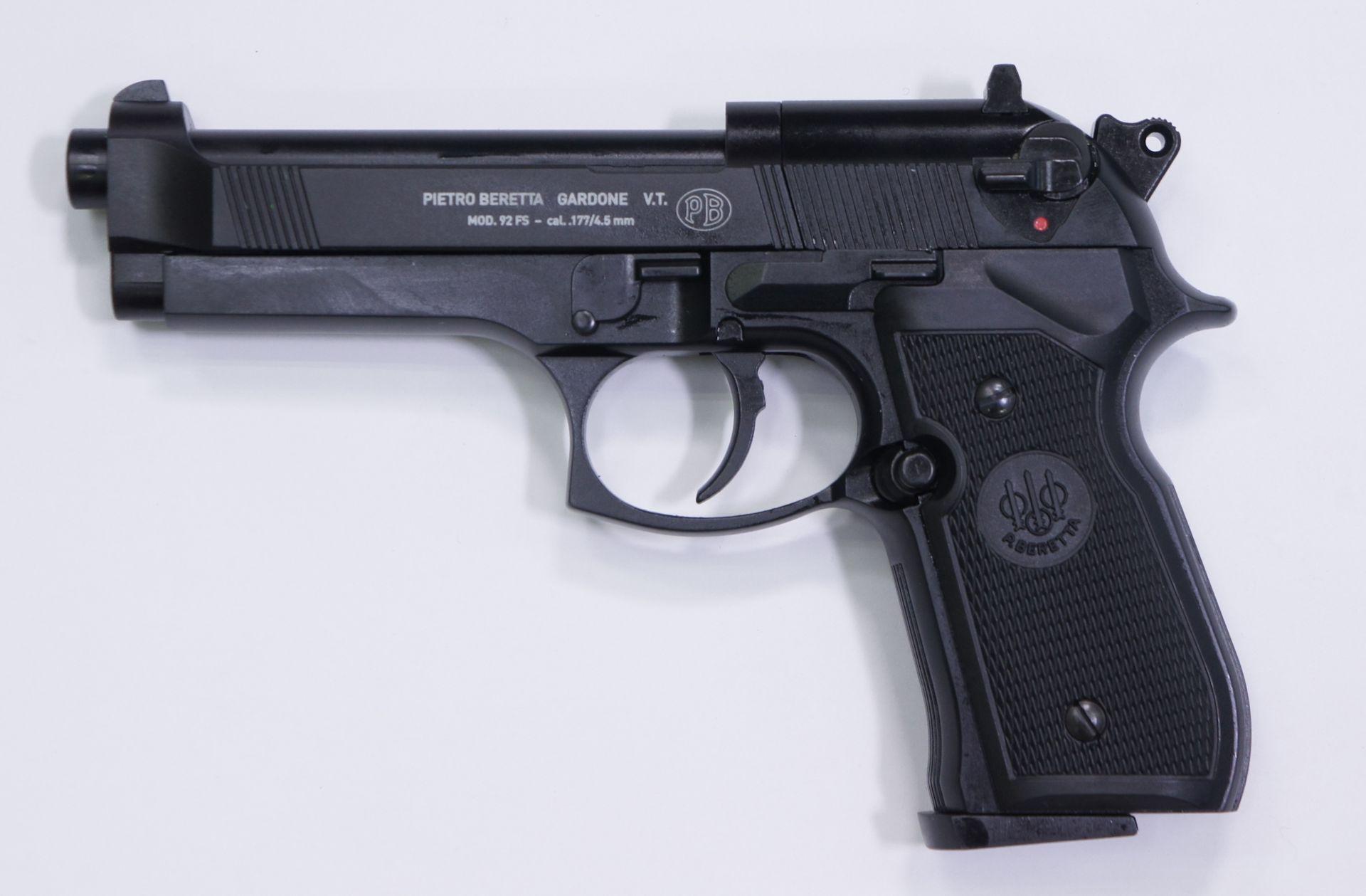 CO2 Pistole Modell Beretta 92FS in schwarz