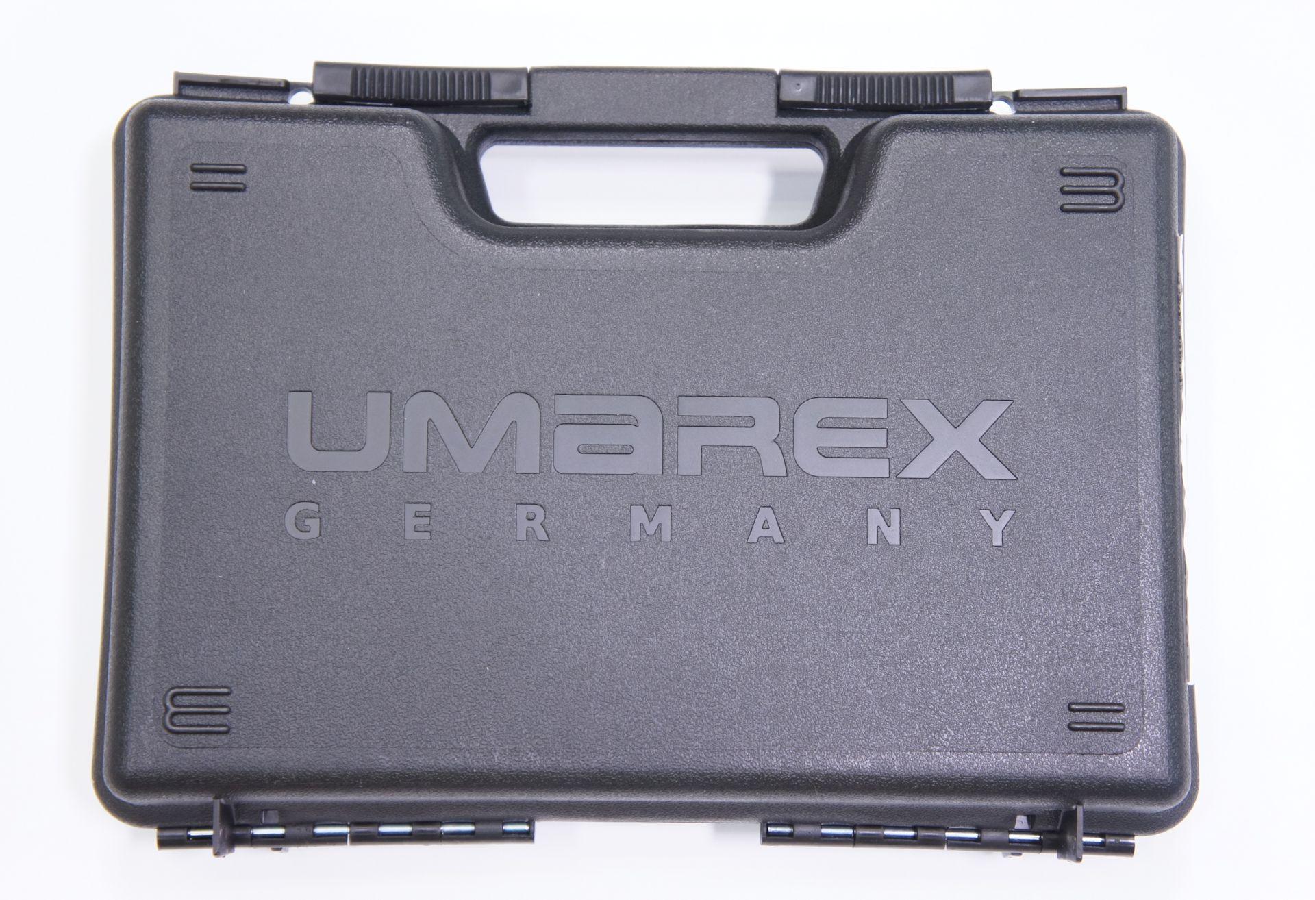 So ein stabiler Transportkoffer gehört zum Lieferumfang der Co2- Pistole Beretta 92 FS