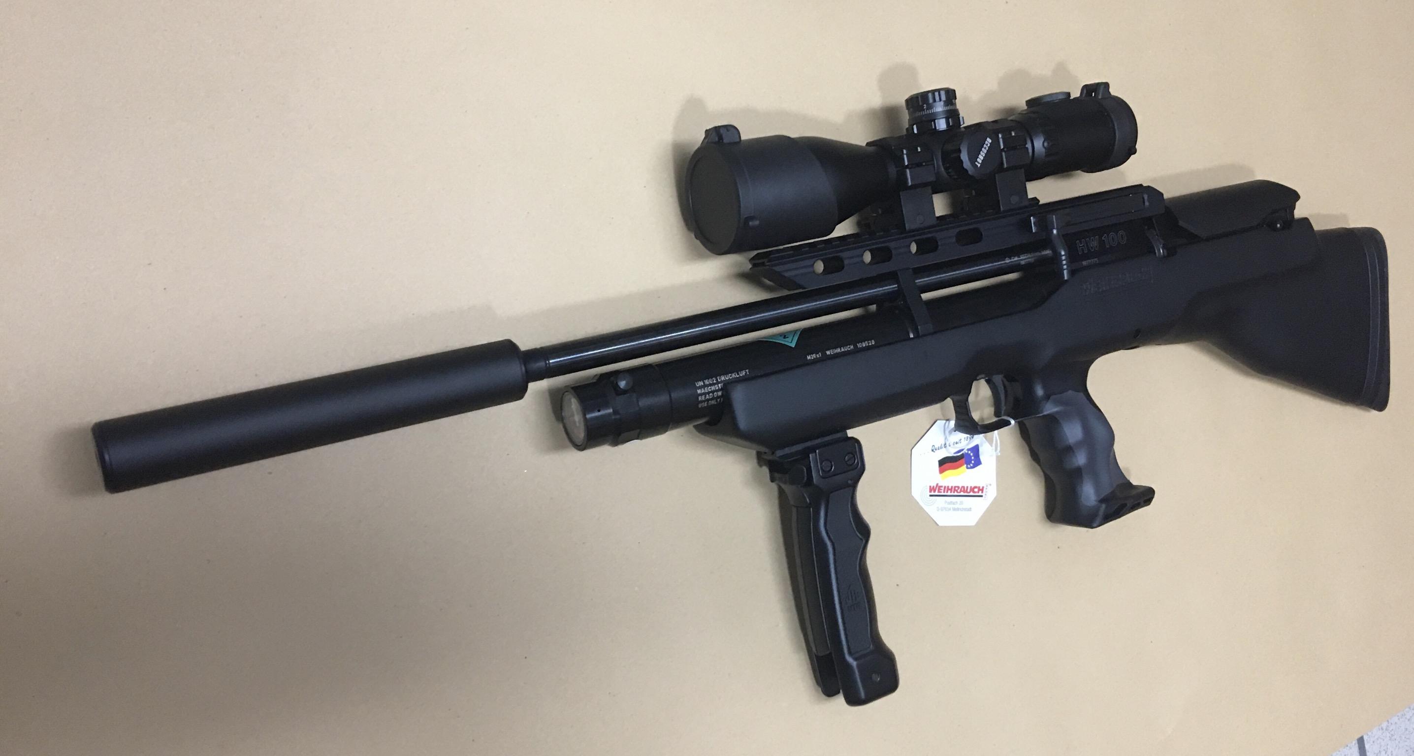 Auch in diesem Beispiel sehen Sie das compakte Zielfernrohr auf einem <a href=1160466-45-41.htm> Luftgewehr HW 100 BP</a>