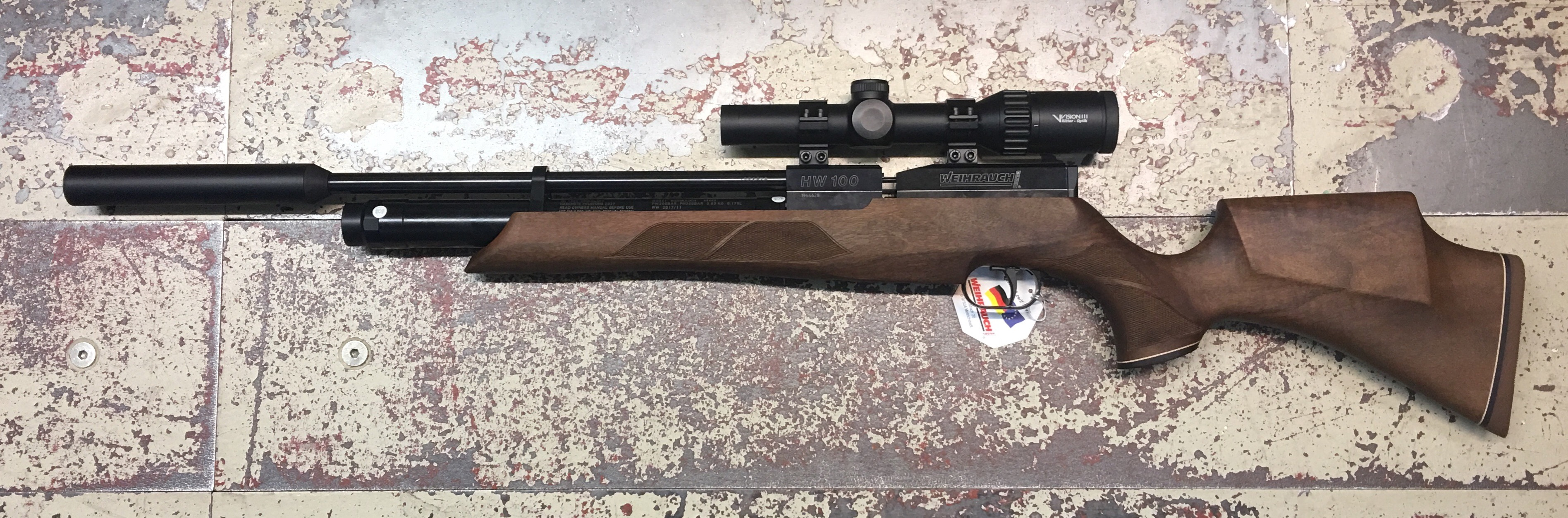 Auch für jagdliches Training mit einem guten Luftgewehr <a href=1160470-S-SD-UTG44.htm>(wie so einem HW 100)</a> ist diese Optik eine hervorragende Wahl.