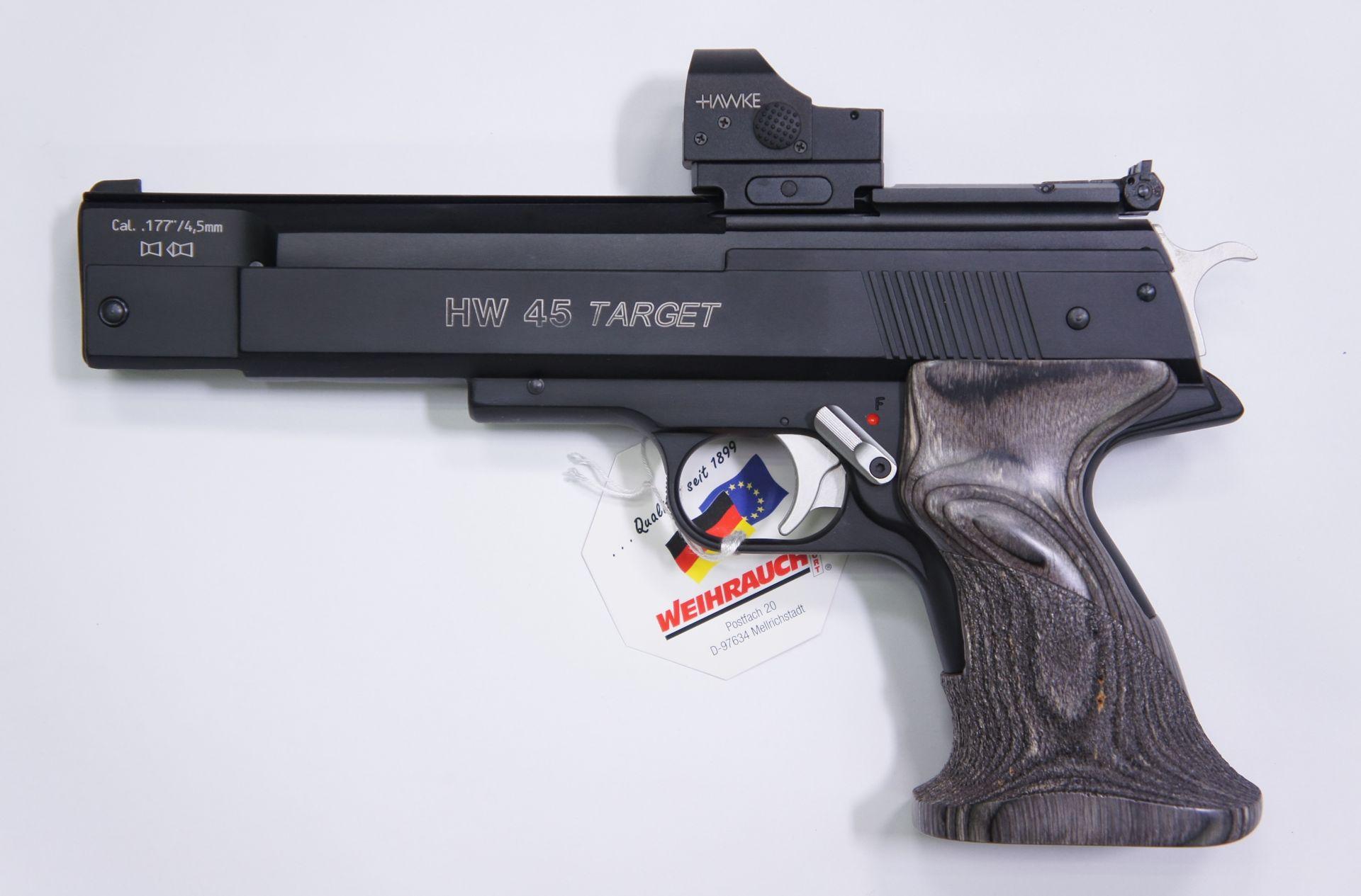 Montagebeispiel HW 45 Target mit Hawke Reflexvisier 1x25