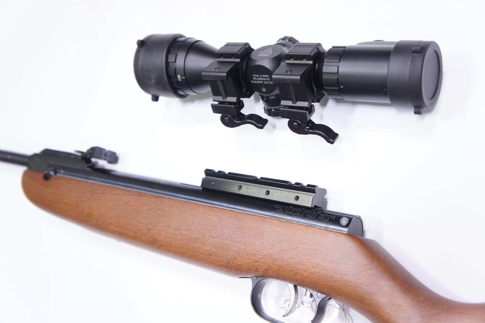Ich finde für Luftgewehre so einen <a href= gut. Da können bei abgenommener Optik Kimme und Korn noch genutzt werden und man kann in Sekundenschnelle wechseln.