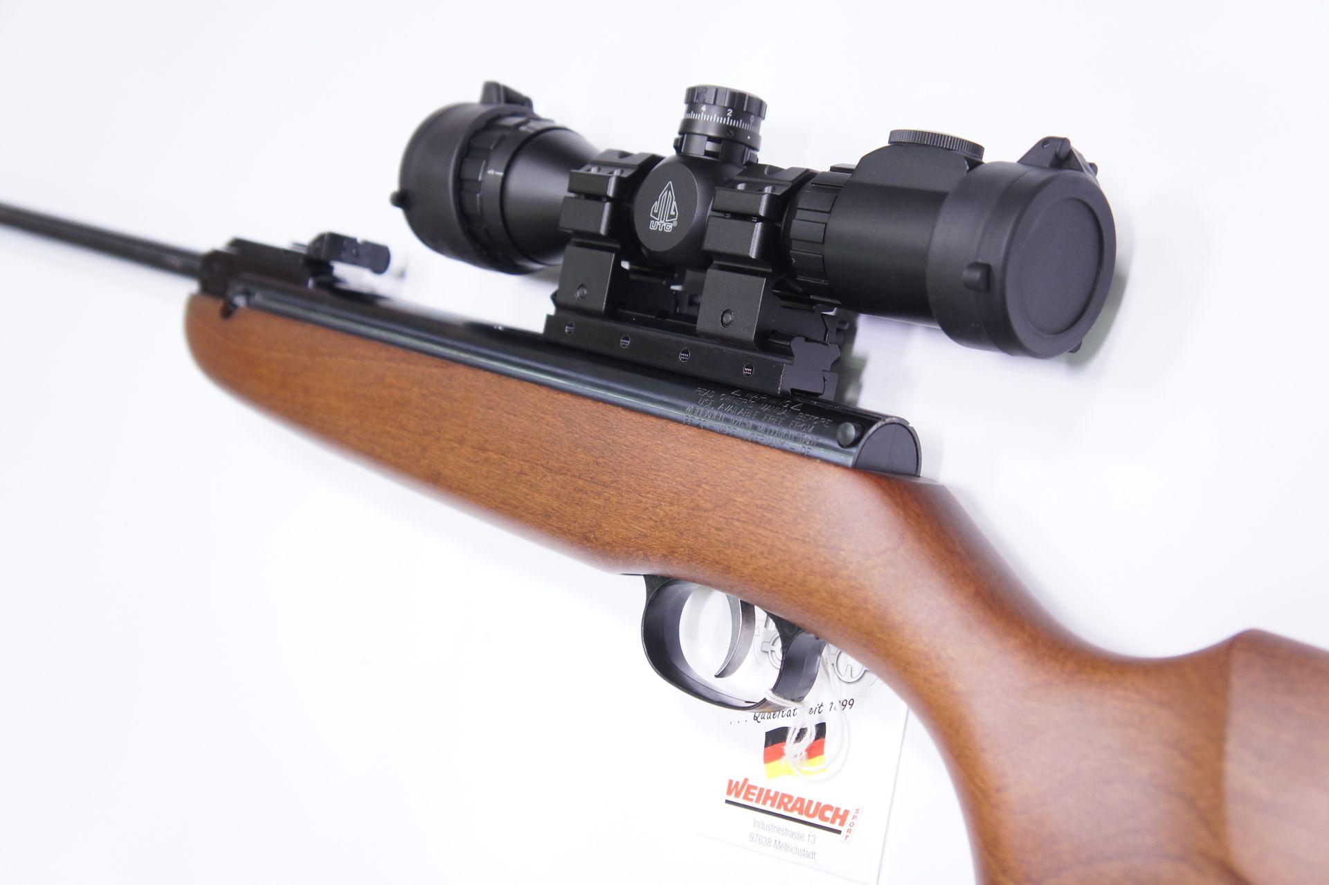 Montagebeispiel vom Präzisionsadapter  am Luftgewehr HW 30 und mit Optik UTG 3-9x32 mit Schnellspannmontage