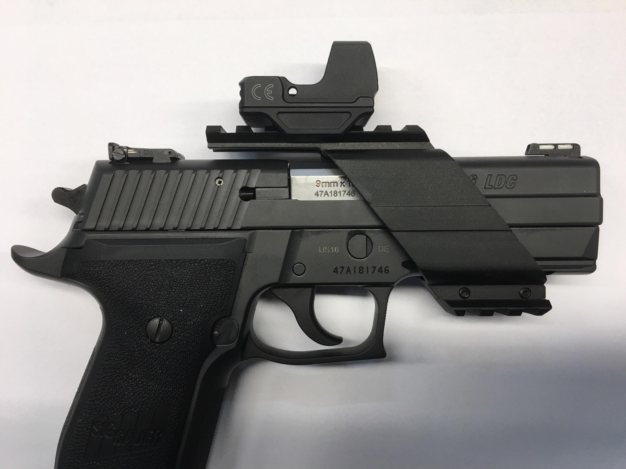 Montagebeispiel mit einer SIG 226 im Kaliber 9 mm Luger