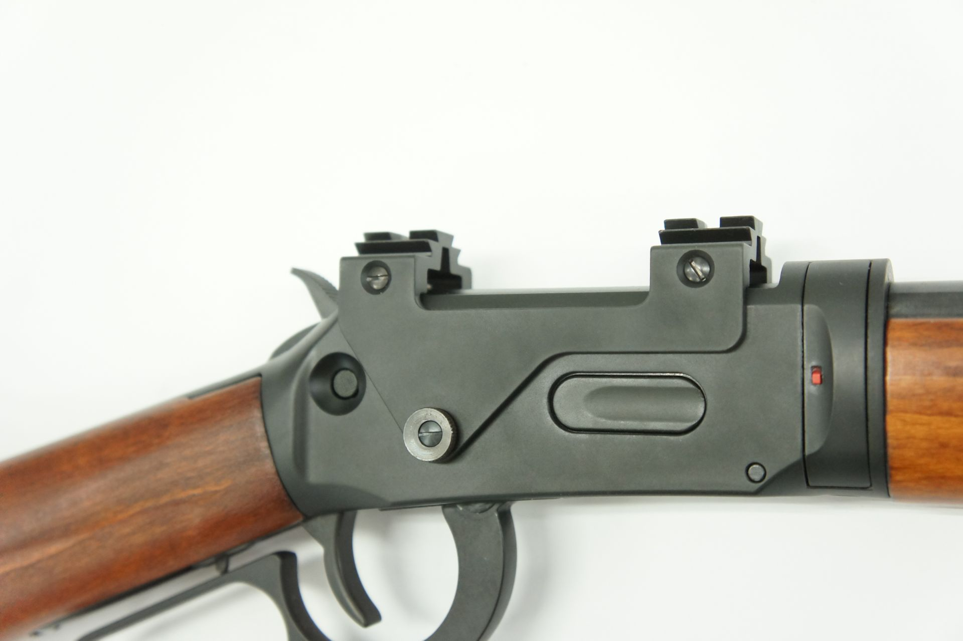 Montagebeispiel am vernickelten <a href=1060341.htm> CO2 Gewehr Walther Lever Action</a>