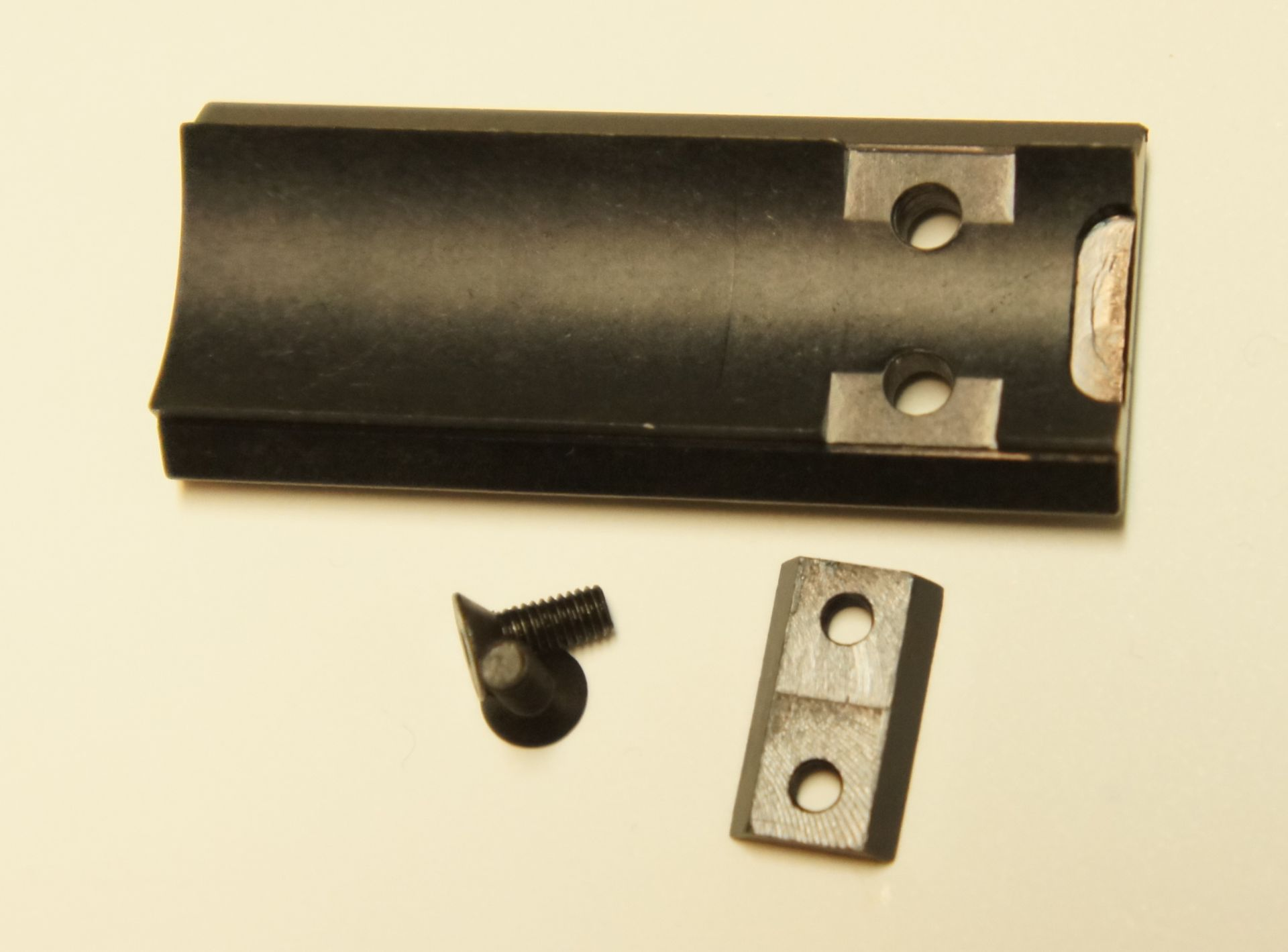 Die neueste Schienenserie ist spezieller an die Pistole CP 88 angepasst und sitzt nun wie angegossen.
