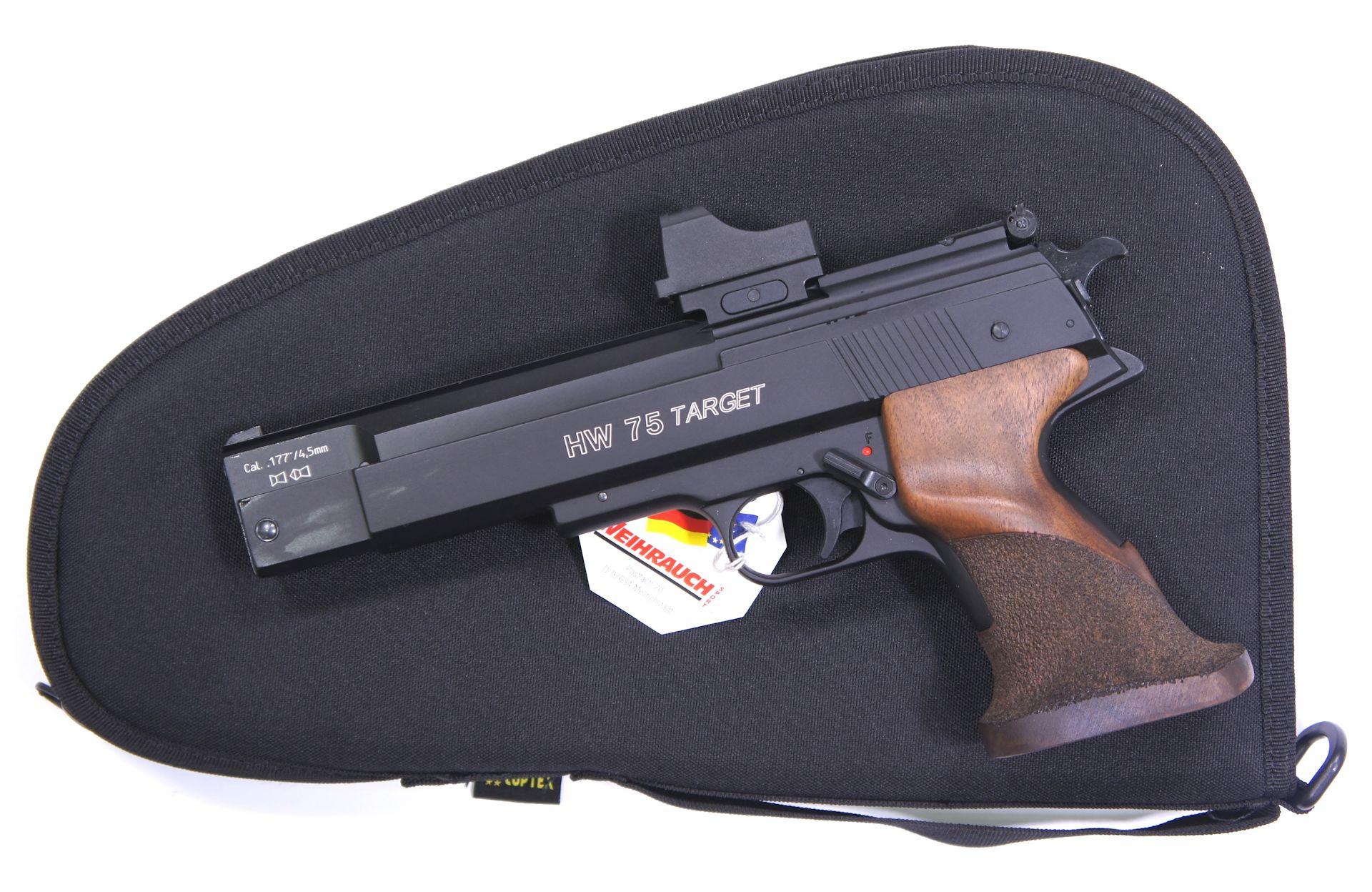 Als Zubehör für die Luftpistole HW 75 Target kann ich Ihnen so ein <a href=1130221.htm>Leuchtpunktvisier der Marke UTG</a> und <a href=1340088.htm> solche praktische Tasche </a> für Aufbewahrung und Transport anbieten. Die Tasche wäre mittels Vorhängeschloss abschließbar.