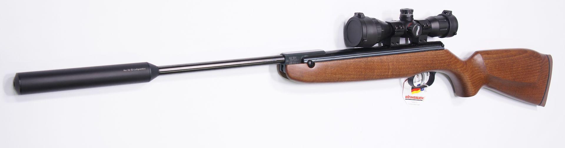 Diese sehr gute und robuste Optik der Marke Walther hat ein MilDot Absehen und wäre zum HW 80 K eine hervorragende Ergänzung. Gerne können Sie <a href=1130130set77-45.htm>so eine Optik am Gewehr von mir montiert und eingeschossen</a> erhalten.