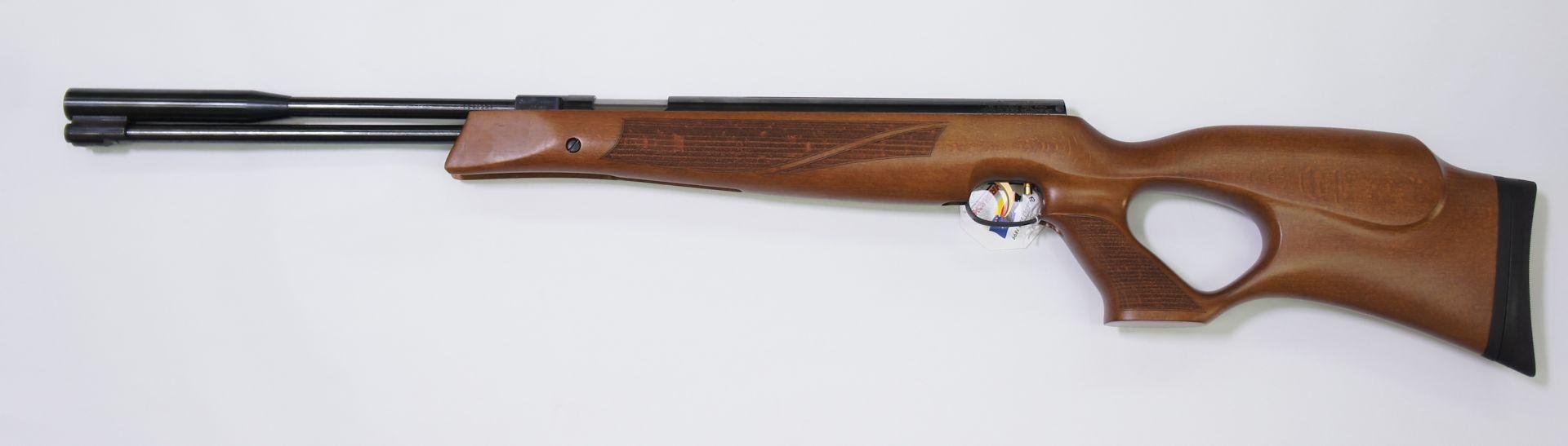 Weihrauch HW97 KT mit Lochschaft aus Holz