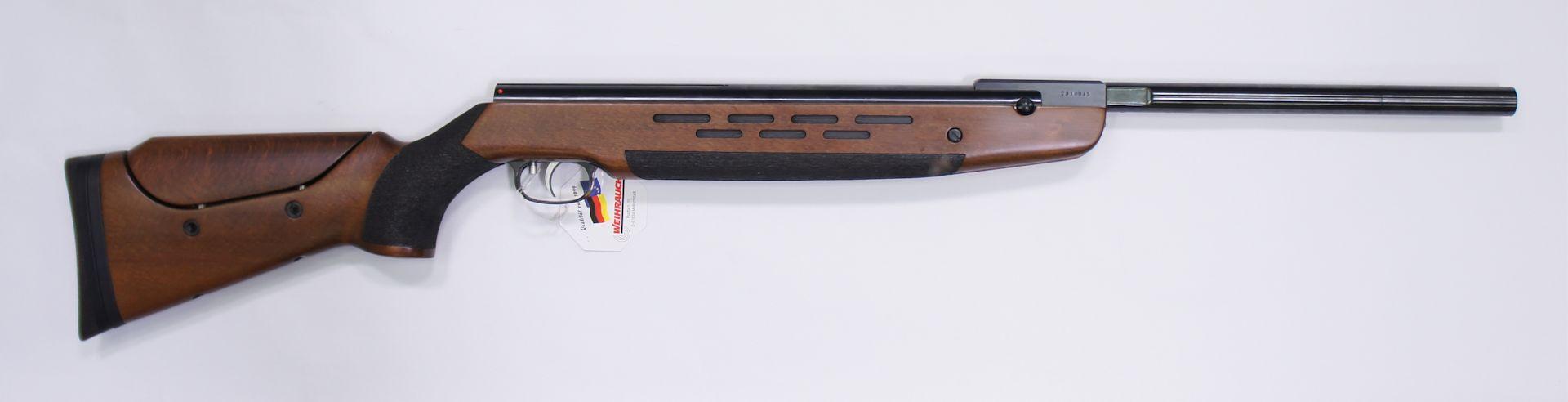 Luftgewehr HW 98  4,5mm F mit individuell verstellbarer Backe und Schaftkappe. Entgegen der Abbildung ist die verstrellbare Schaftkappe nun schwarz.