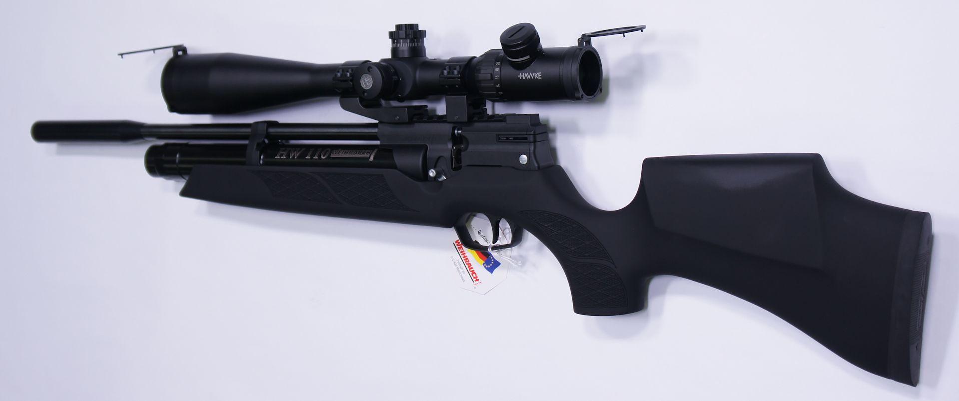 Gerne können Sie das Luftgewehr HW 110 auch mit einer sehr guten <a href=1130173.htm>Optik der Marke Hawke</a> bekommen. In diesem Beispiel ist eine <a href=1130626-21.htm>gekröpfte Montage</a> dazu erforderlich.