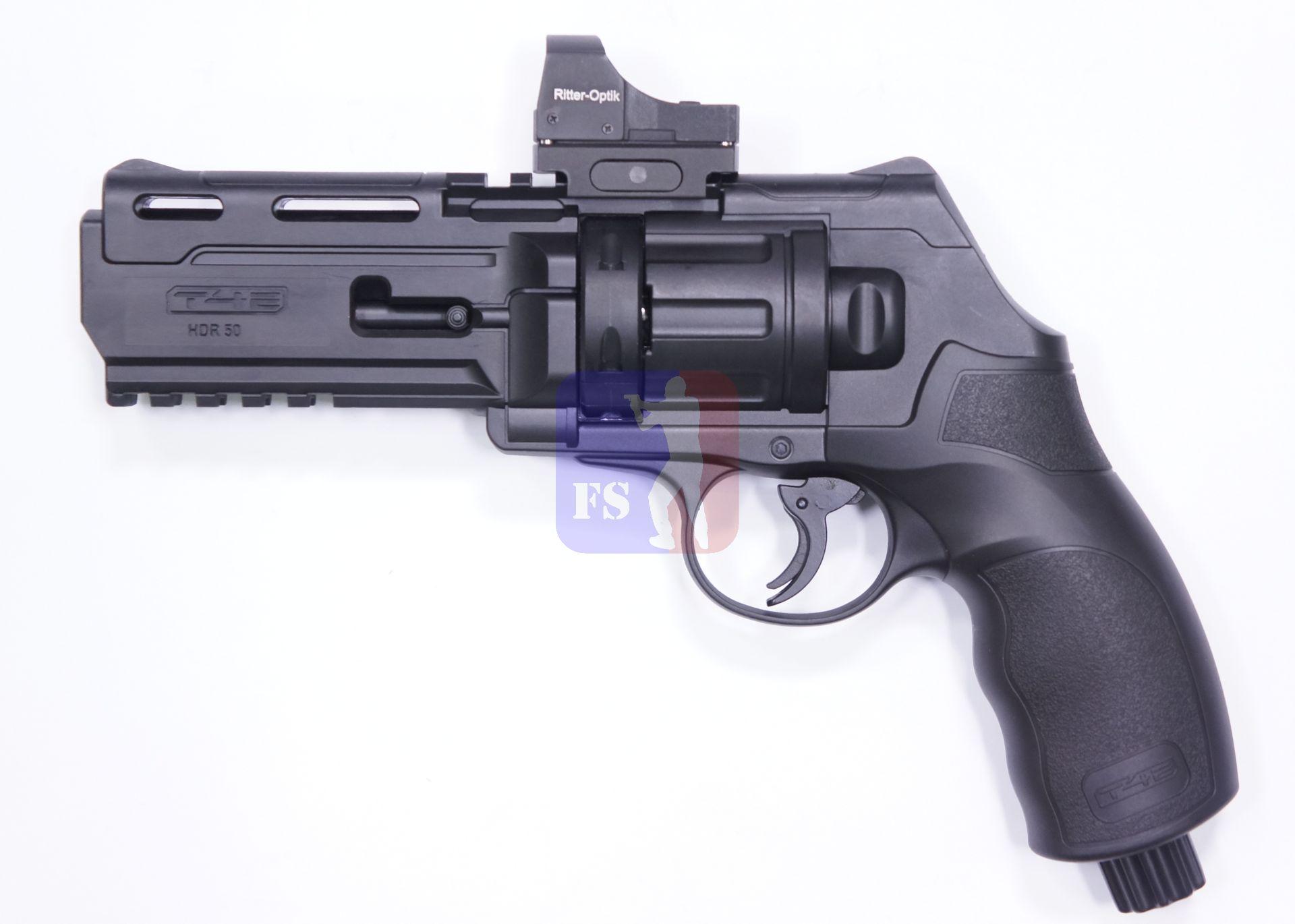 Eigentlich kann auch gut ohne so ein Leuchtpunktvisier oder Reflexvisier geschossen werden. Aber mit Reflexviasier sieht der HDR 68 beindruckender aus.