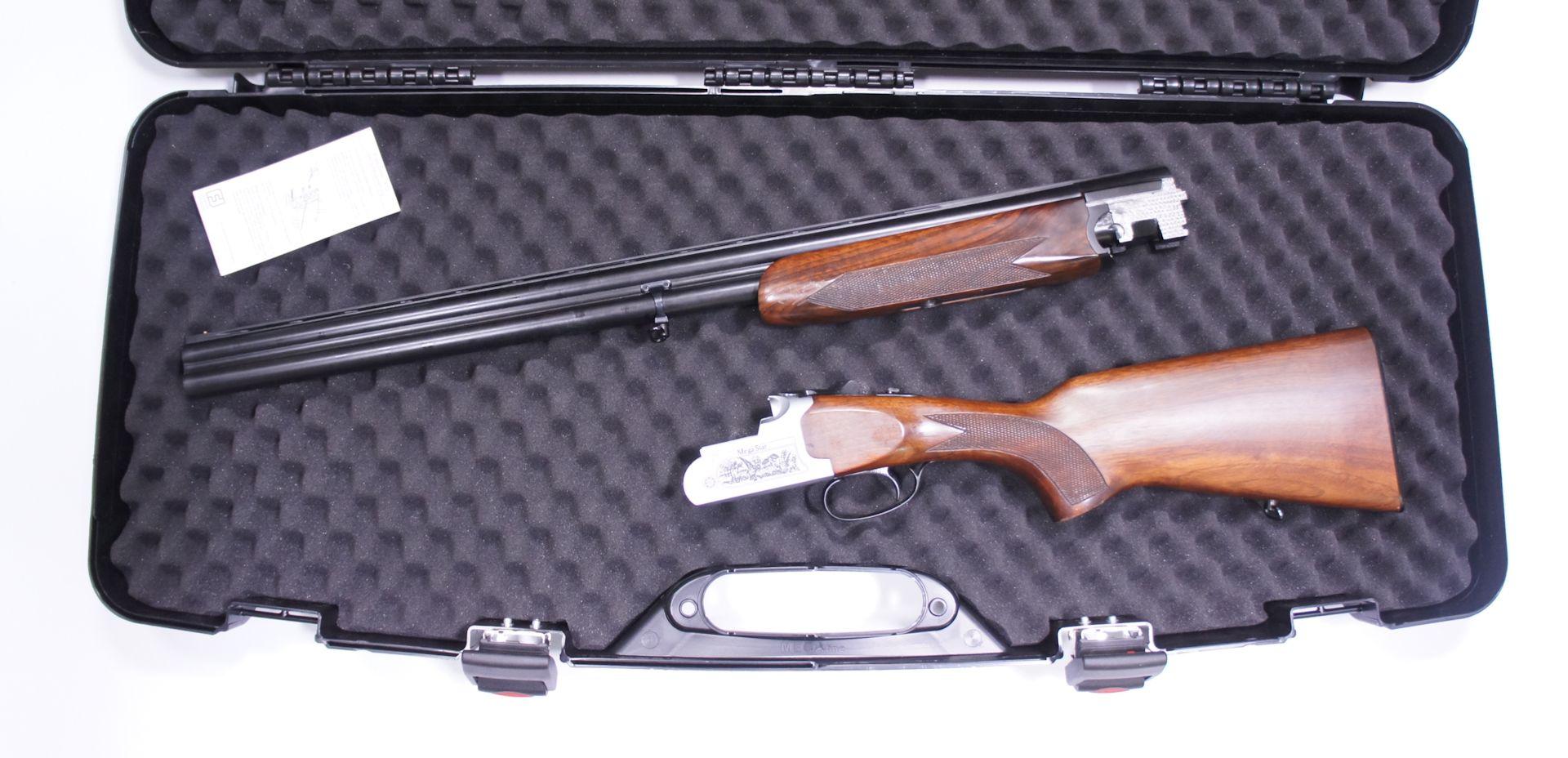 Anwendungsbeispiel vom kurzen Gewehrkoffer mit zerlegter Flinte