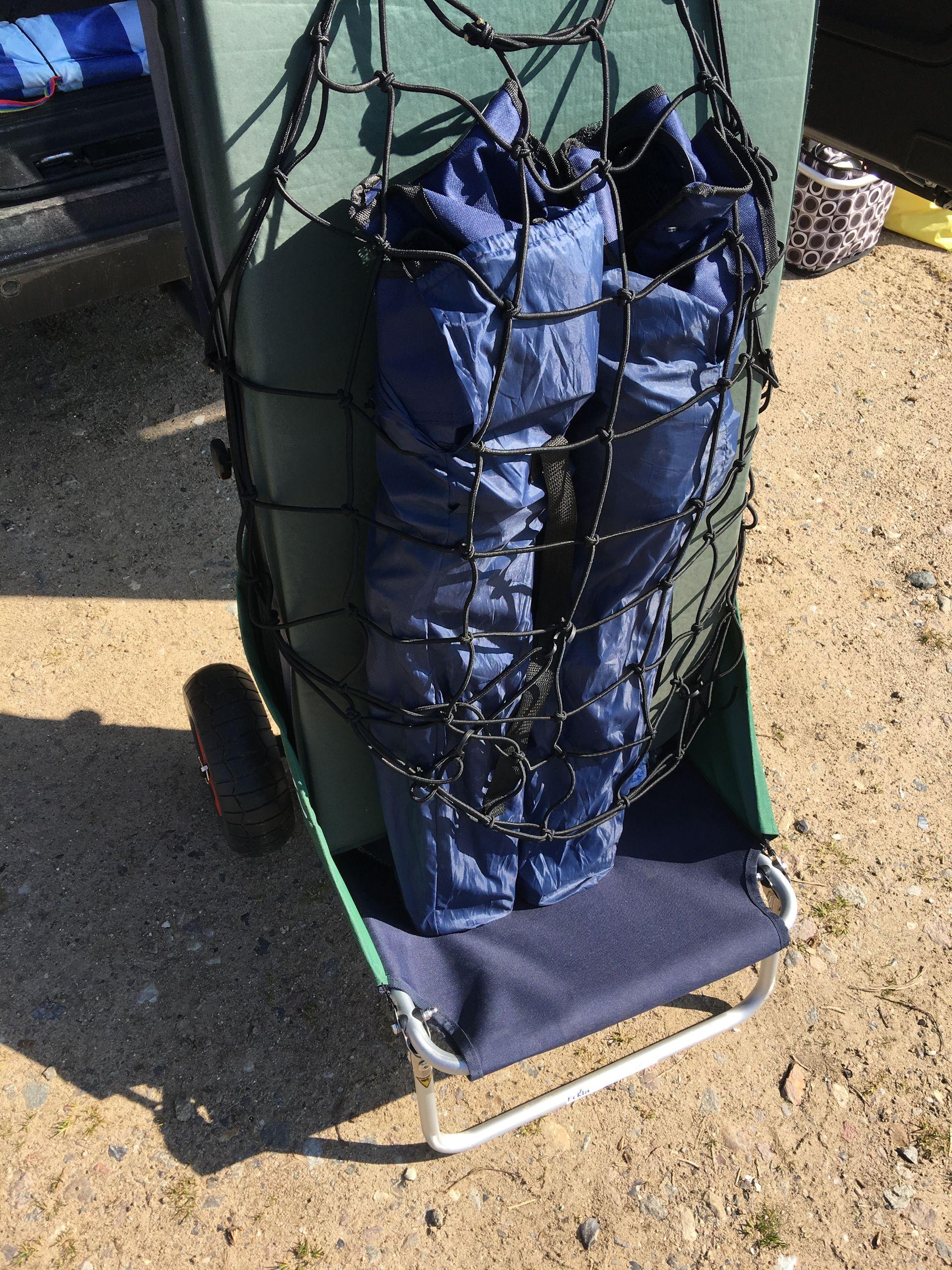 Lieferung mit ECKLA Gepäcknetz
